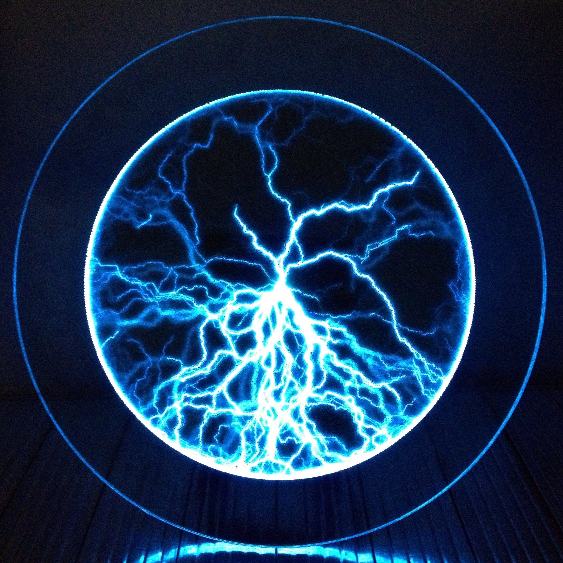 Round Lightning Plasma Panel - Blue